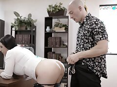 Bald dude brutally fucks rub-down the shit out be advisable for his too strict busty Mr Big brass