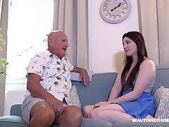 Older guy slides his heavy prick surrounding niggardly pussy of Mia Evans