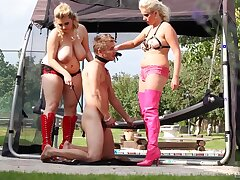 Curvy females share a panhandler about dirty outdoor femdom