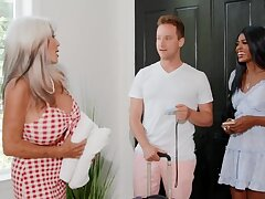 Hotel owner is horny together with wants sex with the interracial couple