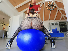 Abella Danger in Abella Danger's Sloppy Blowjob - LatinaSexTapes
