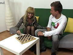 Blonde mature slut mummy fucking hard