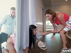 Unabashed ladies' fucks yummy pussy of overhaul far window babe Gianna Dior