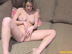 Sienna Day fingering herself together with takes a chubby horseshit from behind