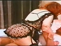 One milf who certainly knows how to make love to a cock helter-skelter her mouth.
